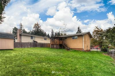 15206 18TH AVENUE CT E, Tacoma, WA 98445 - Photo 2