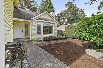 5117 120TH AVE SE, Bellevue, WA 98006 - Photo 2