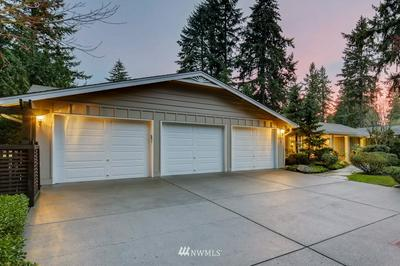 8541 SE 80TH ST, Mercer Island, WA 98040 - Photo 2