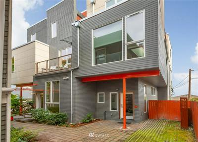 126 18TH AVE E, Seattle, WA 98112 - Photo 2