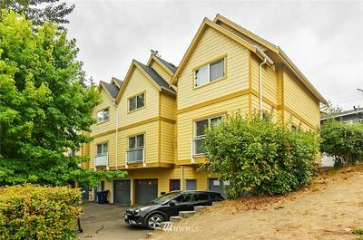7630 HIGHLAND PARK WAY SW, Seattle, WA 98106 - Photo 1