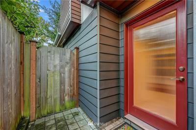 2041 NW 64TH ST # B, Seattle, WA 98107 - Photo 2
