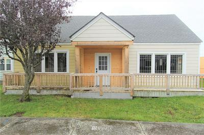 70 M ST, Hoquiam, WA 98550 - Photo 1