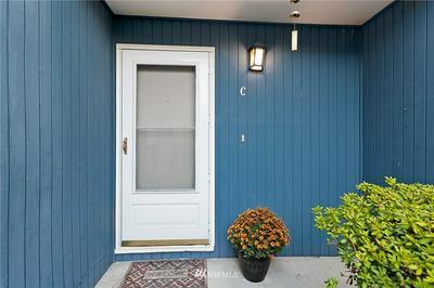 8449 25TH AVE SW UNIT C, Seattle, WA 98106 - Photo 2