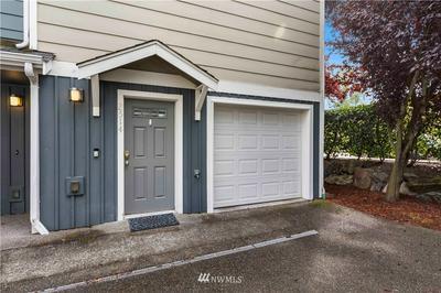 2514 SW TRENTON ST, Seattle, WA 98106 - Photo 2