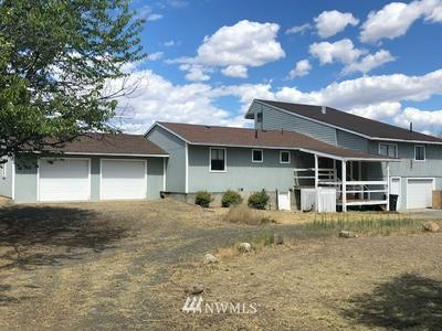 2408 HIGHLAND DR, Bridgeport, WA 98813 - Photo 1
