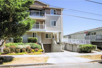 11326 3RD AVE NE APT 303, Seattle, WA 98125 - Photo 2