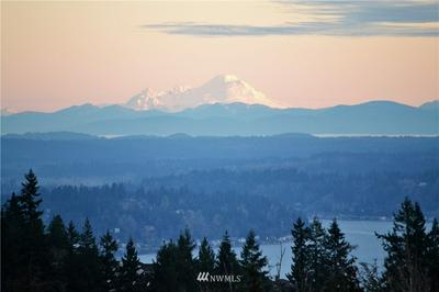 5723 176TH PL SE, Bellevue, WA 98006 - Photo 2