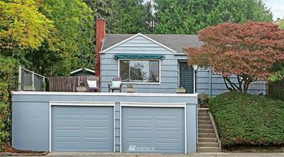 6836 28TH AVE NE, Seattle, WA 98115 - Photo 1