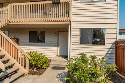 325 NE KETTLE ST APT 110, Oak Harbor, WA 98277 - Photo 1