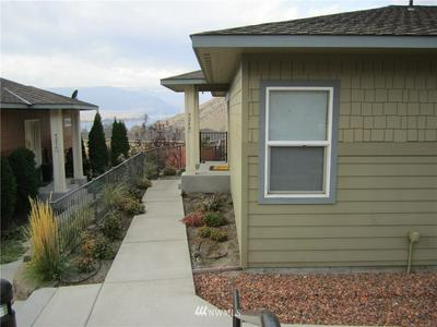 9240 RED CLIFF DR NW # B65, Quincy, WA 98848 - Photo 2