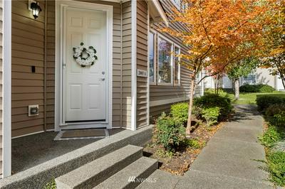 2085 BOBS HOLLOW LN UNIT A, Dupont, WA 98327 - Photo 2