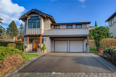 2400 63RD AVE SE, Mercer Island, WA 98040 - Photo 2