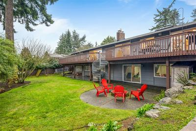 7408 91ST AVE SE, Mercer Island, WA 98040 - Photo 2