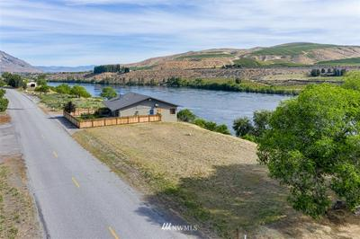 0 COLUMBIA, Bridgeport, WA 98813 - Photo 2