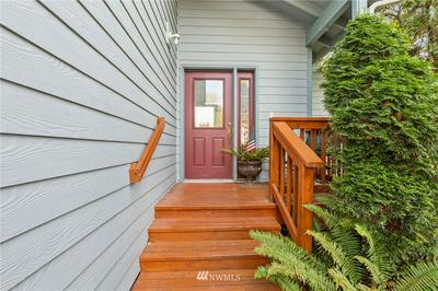 702 FINLEY LN, La Conner, WA 98257 - Photo 2