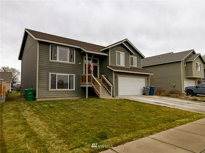 213 E 26TH AVE, Ellensburg, WA 98926 - Photo 2