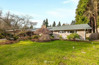 16610 LAKE HILLS BLVD, Bellevue, WA 98008 - Photo 2