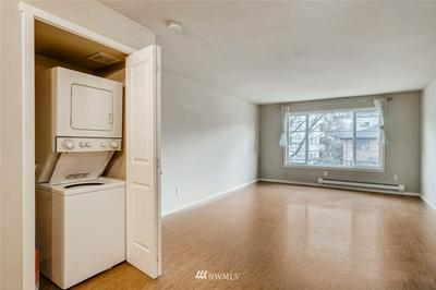 1707 BOYLSTON AVE APT 312, Seattle, WA 98122 - Photo 2