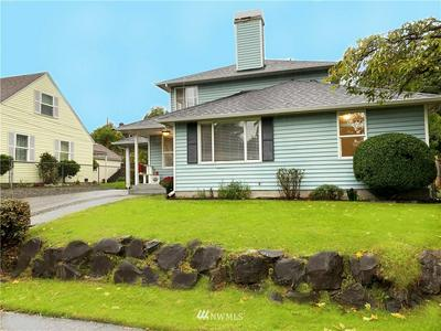 11422 CRESTWOOD DR S, Seattle, WA 98178 - Photo 1