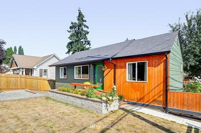7062 17TH AVE SW, Seattle, WA 98106 - Photo 2