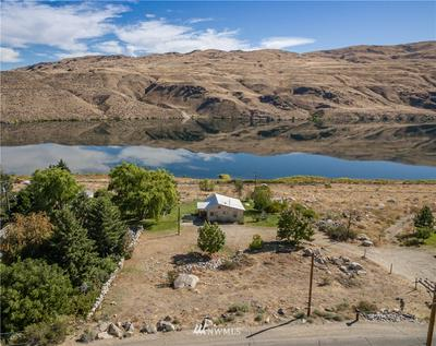 258 STARR RD, Pateros, WA 98846 - Photo 2