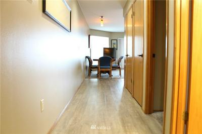 100 LAKE CHELAN SHORES DR # 17-4I, Chelan, WA 98816 - Photo 2
