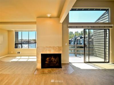 4 LAKE BELLEVUE DR APT 207, Bellevue, WA 98005 - Photo 1