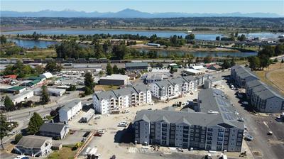 1626 CHESTNUT ST, Everett, WA 98201 - Photo 2