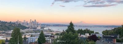 2617 W BOSTON ST, Seattle, WA 98199 - Photo 2