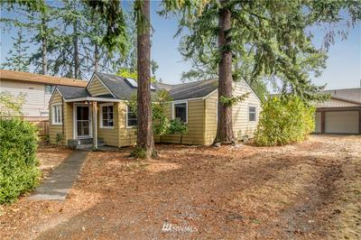 12538 25TH AVE NE, Seattle, WA 98125 - Photo 2