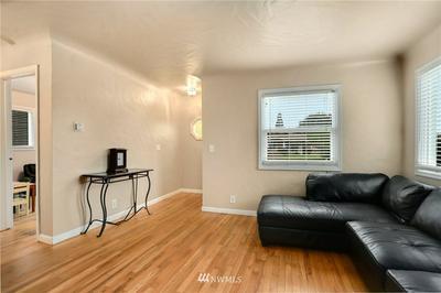 119 12TH ST NW, Puyallup, WA 98371 - Photo 2