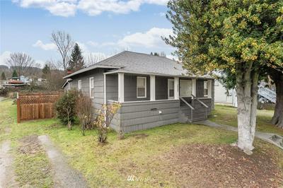 9125 8TH AVE S, Seattle, WA 98108 - Photo 2