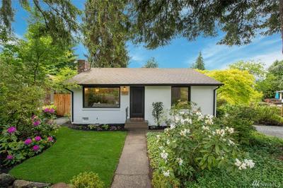 3903 NE 115TH ST, Seattle, WA 98125 - Photo 1