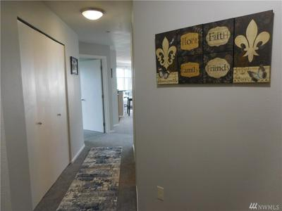 412 11TH AVE APT 506, Seattle, WA 98122 - Photo 2