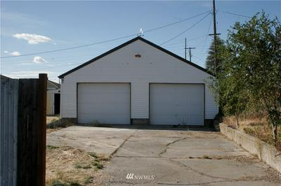 211 E 6TH ST, Lind, WA 99341 - Photo 2