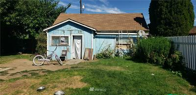 219 B ST NE, Quincy, WA 98848 - Photo 2