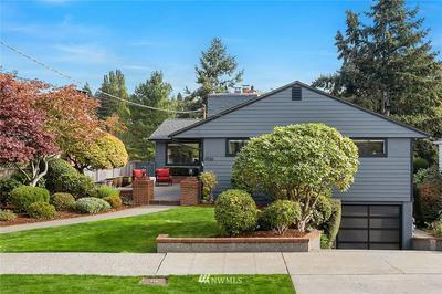 1936 34TH AVE W, Seattle, WA 98199 - Photo 2