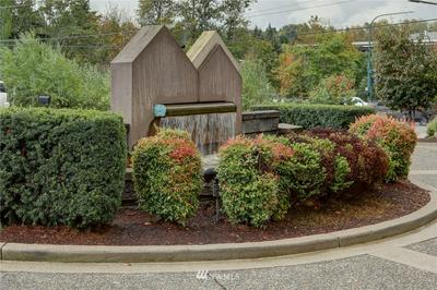 615 6TH ST APT 303, Kirkland, WA 98033 - Photo 2