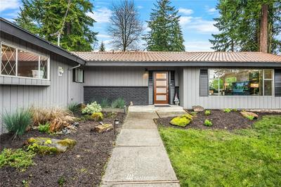 8109 SE 71ST ST, Mercer Island, WA 98040 - Photo 1