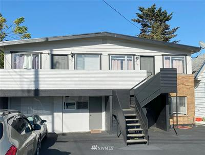 914 N 92ND ST, Seattle, WA 98103 - Photo 1