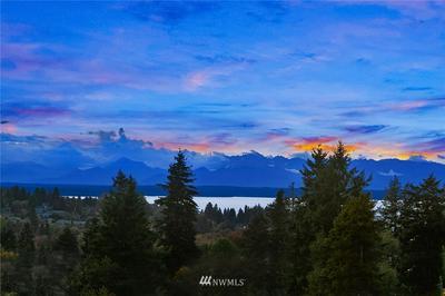 10712 GREENWOOD AVE N, Seattle, WA 98133 - Photo 1