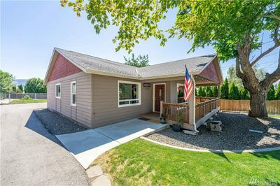 1768 3RD ST NE, East Wenatchee, WA 98802 - Photo 2