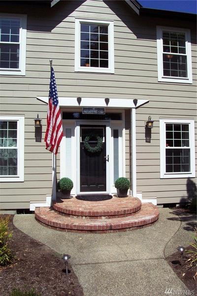 6135 NEWPORT CT SW, Olympia, WA 98512 - Photo 2
