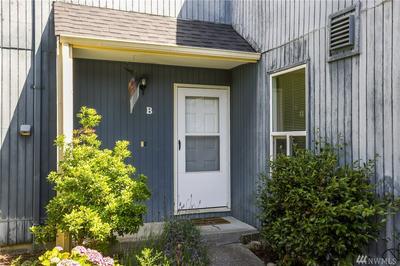 8449 25TH AVE SW UNIT B, Seattle, WA 98106 - Photo 2