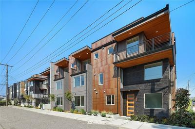 720 S WILLOW ST, Seattle, WA 98108 - Photo 1