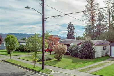 1522 EVERETT ST, Sumner, WA 98390 - Photo 2