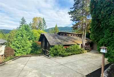 391 SE CRYSTAL CREEK CIR, Issaquah, WA 98027 - Photo 2