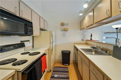 506 E HOWELL ST UNIT E511, Seattle, WA 98122 - Photo 2