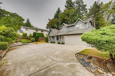 12747 17TH AVE NE, Seattle, WA 98125 - Photo 2